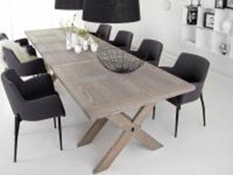 matbord med fåtöljer